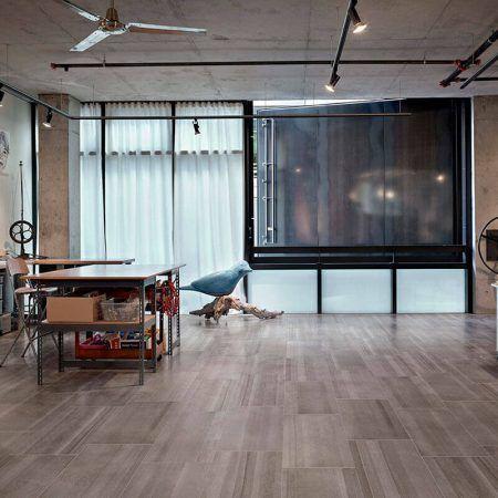 Medienos imitacijos grindų plytelės