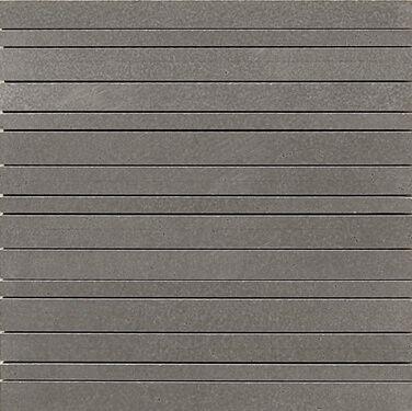 Grafito plytelės yra chromo, plieno spalvos.